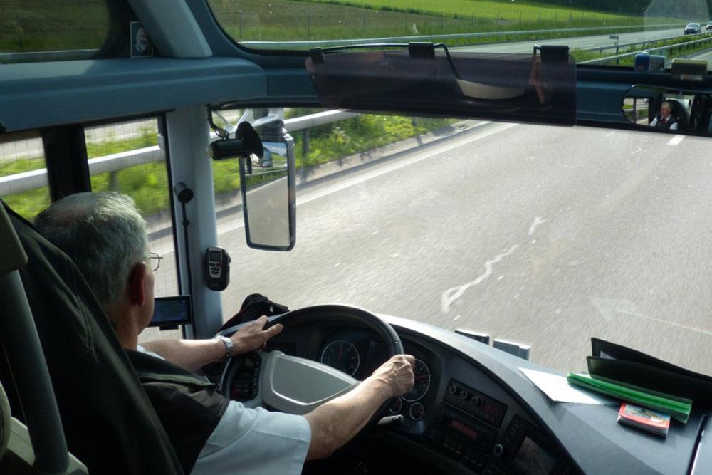 Vacunación prioritaria para los conductores de transporte de viajeros
